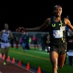 Mo Farah returns to track